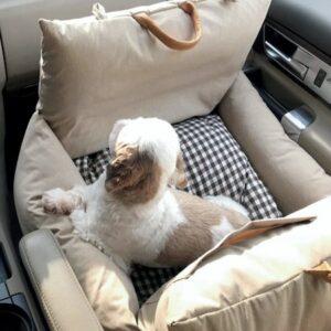 first class autositz von monchouchou in beige
